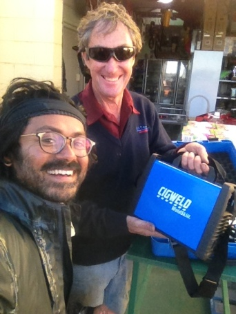 Jeff at Finke, was helping at local stores. I asked him to have a look at my bungleup. He weleded a nut, bolt and few other things and fixed my motorcycle. What a genius in the bush! Go Jeff!